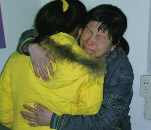 记者跟随市刑侦支队打拐大队 深入魔窟解救15岁被拐少女